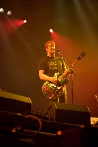 queens_of_the_stoneage_7.jpg.jpg